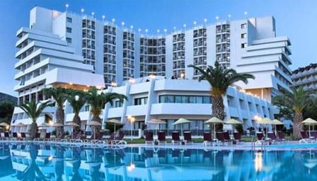 هتل اونورا کوش آداسی