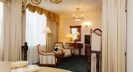 هتل گراند امرالد سن پترزبورگ روسیه