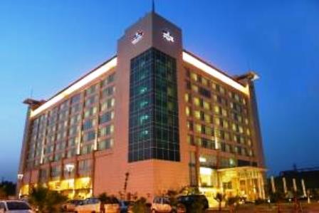 تصویر هتل این اند سوئیتز بای کارلسن هند